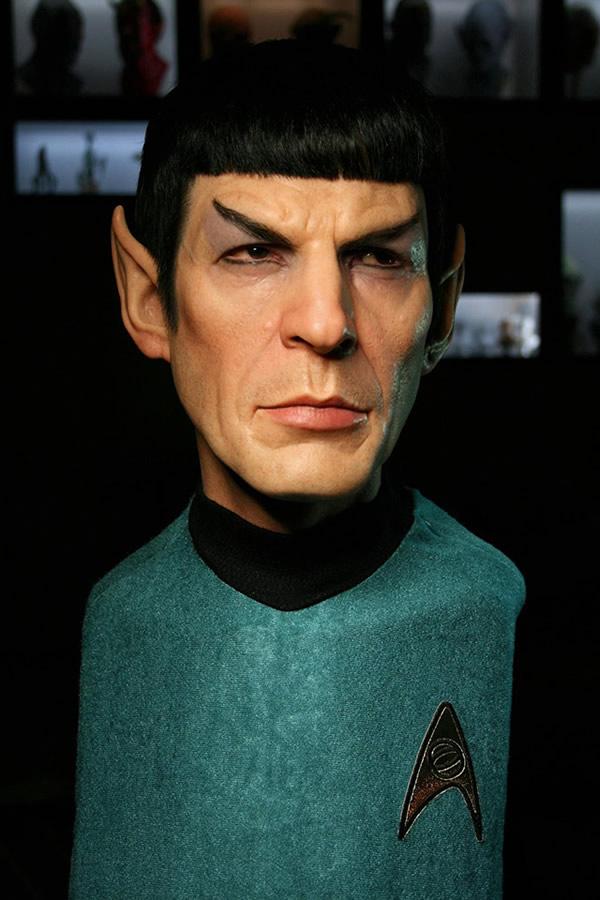Com vocês, a escultura incrivelmente realista do Spock da série Star Trek!