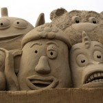 esculturas-de-gigantes-de-areia-toy-story