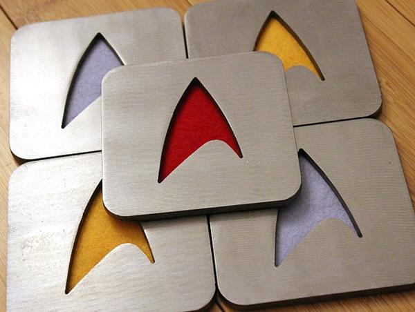 Porta-copos estilosos do Star Trek vem com a insignia da Frota Estelar