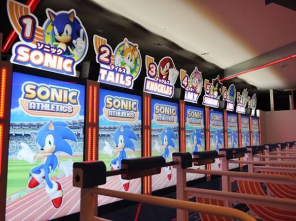 Sega lança arcade de corrida do Sonic onde os jogadores devem correr de verdade para vencer