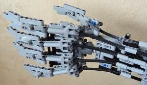 braco-exterminador-futuro-lego