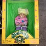 Boneca Cabbage Patch Kid na embalagem