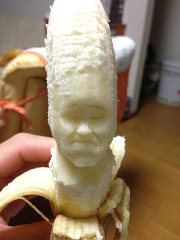 Com vocês, mais esculturas incríveis feitas em bananas do japonês Keisuke Yamada!