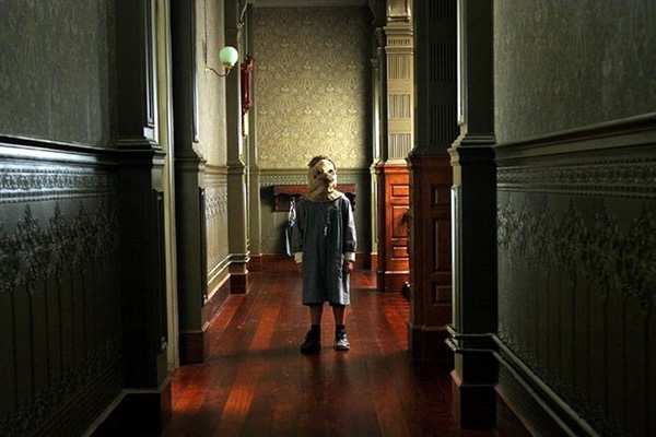 mascaras-horripilantes-filmes-terror_O Orfanato