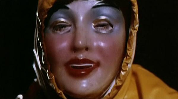 mascaras-horripilantes-filmes-terror_Comunhão