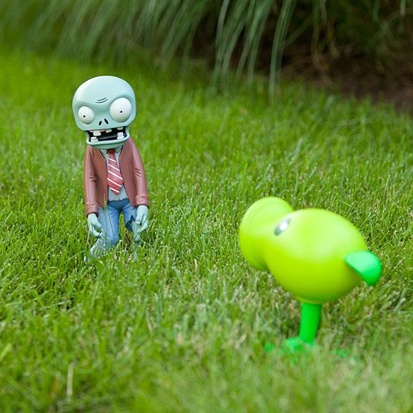gnomos de jardim venda : gnomos de jardim venda:Plants Vs. Zombies Lawn Ornament