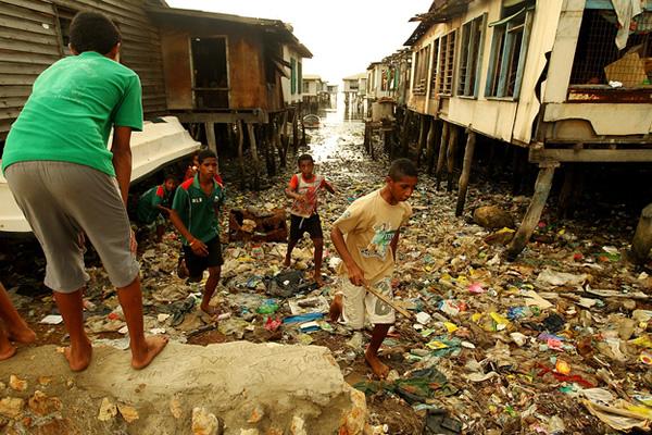 12-cidades-mais-sombrias-do-planeta-terra_porto-moresby-papua-nova-guine