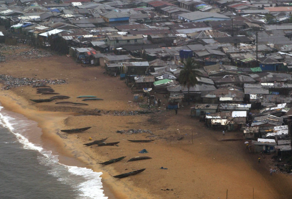 12-cidades-mais-sombrias-do-planeta-terra_west-point-monrovia-liberia
