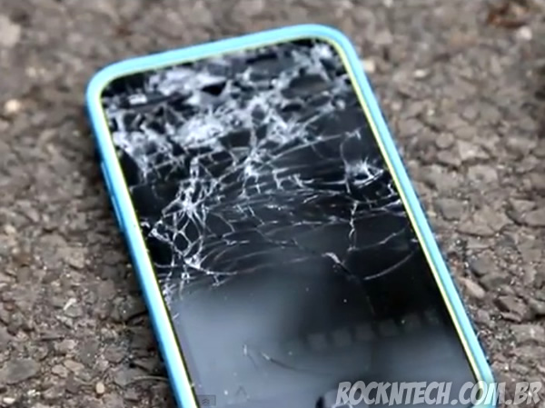 teste-queda-iphone-5c-5s_1