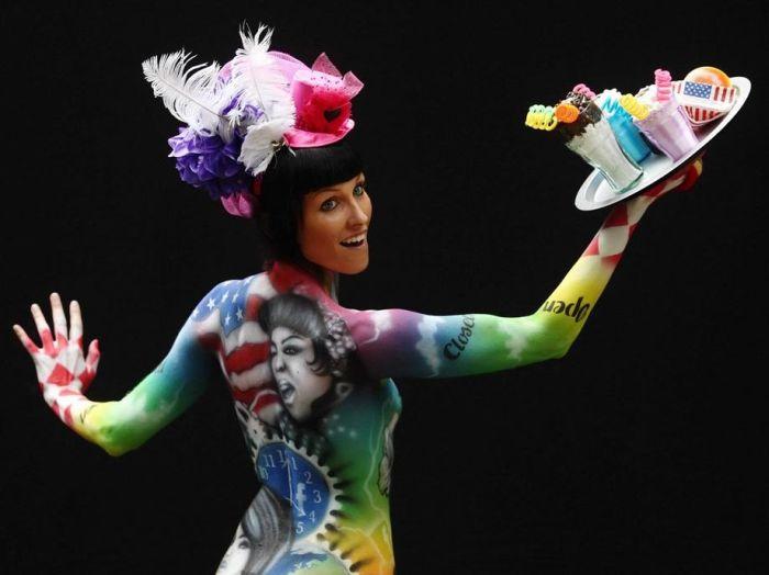 32 Imagens sensacionais do festival de pintura corporal da Áustria