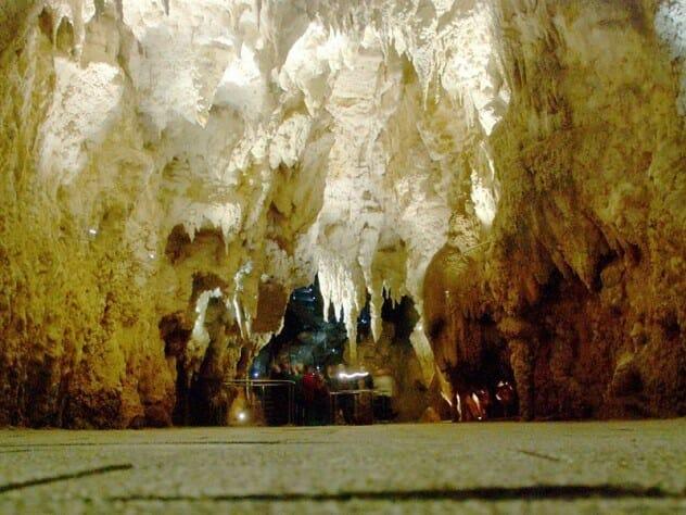 cavernas-mais-fascinantes-do-mundo_5