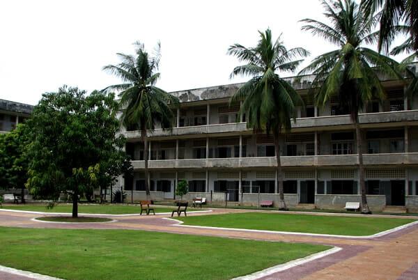 locais-historias-fantasmas_3-museu-genocidio-cambodja