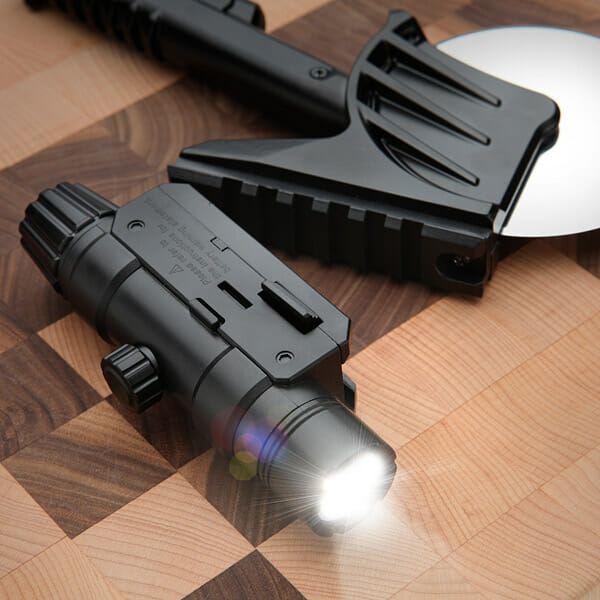 tactical-laser-guided-pizza-cutter_2