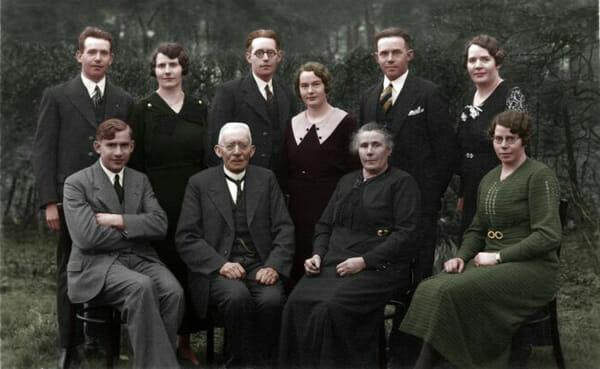 fotos-historicas-preto-e-branco-ganham-cores-photoshop_37
