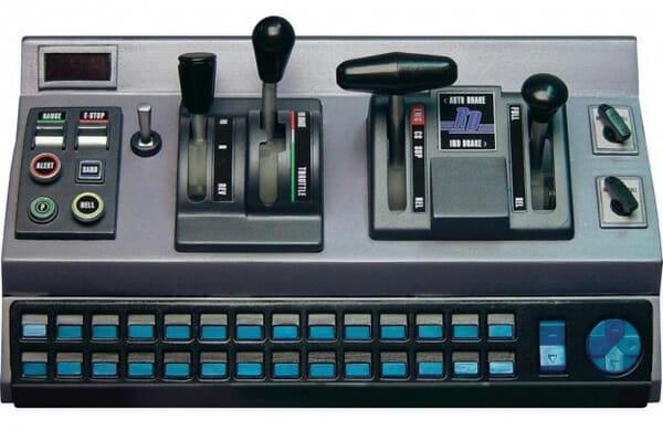 perifericos-mais-esquisitos_5-controle-raildriver