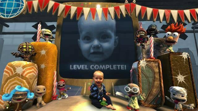 Pai geek faz série de fotos superlegal com seu bebê baseada em games