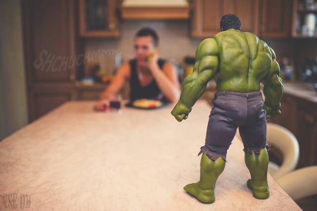 aventuras-brinquedos-fotografo-russo_hulk-12