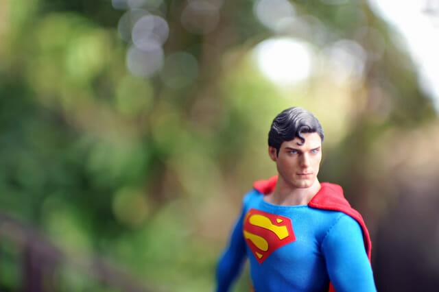 aventuras-brinquedos-fotografo-russo_superman-25