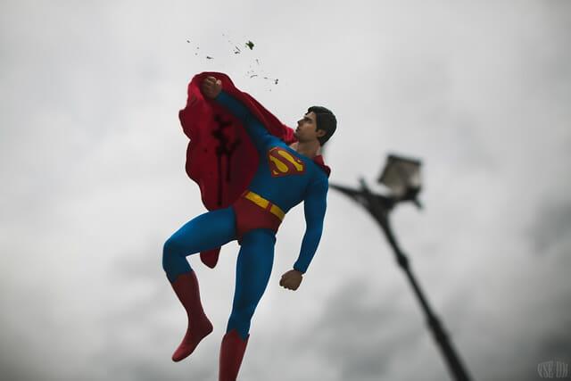 aventuras-brinquedos-fotografo-russo_superman-6