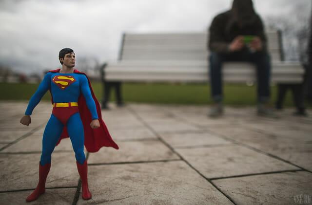 aventuras-brinquedos-fotografo-russo_superman-7