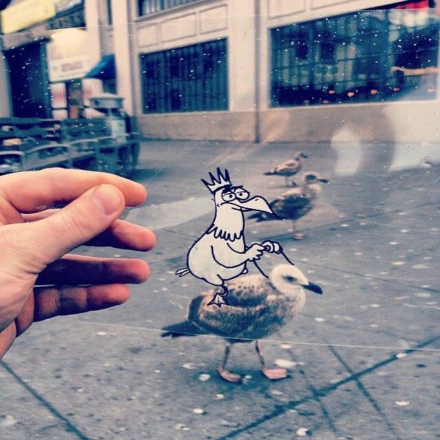 Artista leva seus personagens desenhados para cenários reais e tira fotos engraçadas. Veja todas!