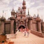 18 Fotografias históricas raras do dia em que a Disneyland foi inaugurada