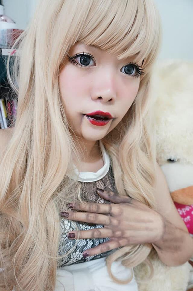 12 Maquiagens sensacionais transformam pessoas em bonecos de madeira