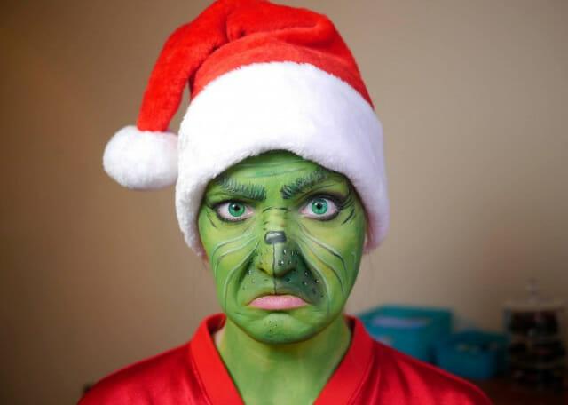 Isso é incrível do dia: Mulher se transforma em personagens com maquiagens super-realistas