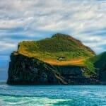 casa-solitaria-ilha-islandia_1