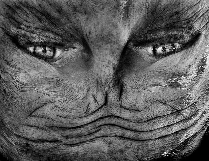 fotografias-cabeca-pra-baixo-alienation-anelia-loubser_3