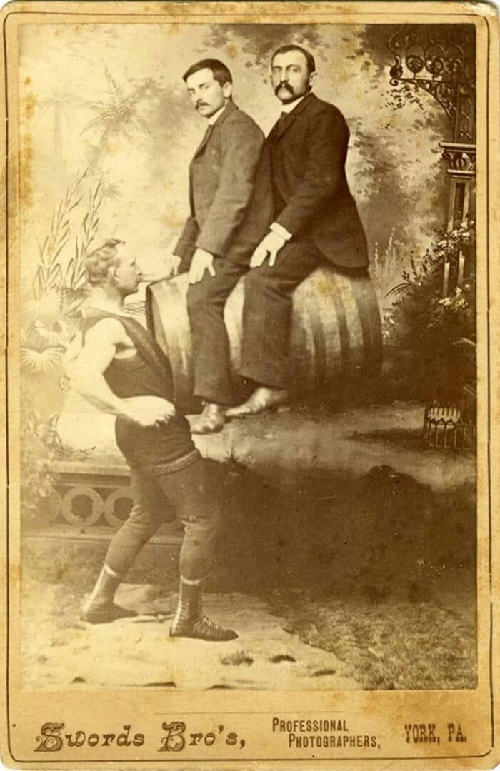 atracoes-circo-bizarras-antigamente_9