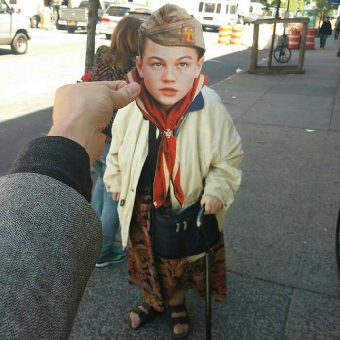 Invasão DiCaprio: Rapaz substitui a cabeça de pessoas nas ruas pela cabeça do Leonardo DiCaprio