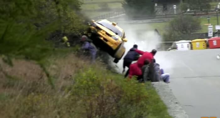video-acidente-ferrari-italia
