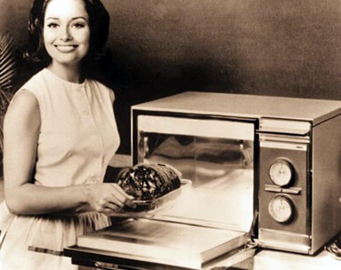 Forno microondas antigo