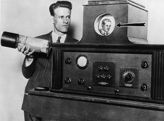 Primeiro aparelho de televisão