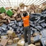 Mar de Pacotes: 22 Imagens dos armazéns do serviço postal da China, os mais volumosos do mundo