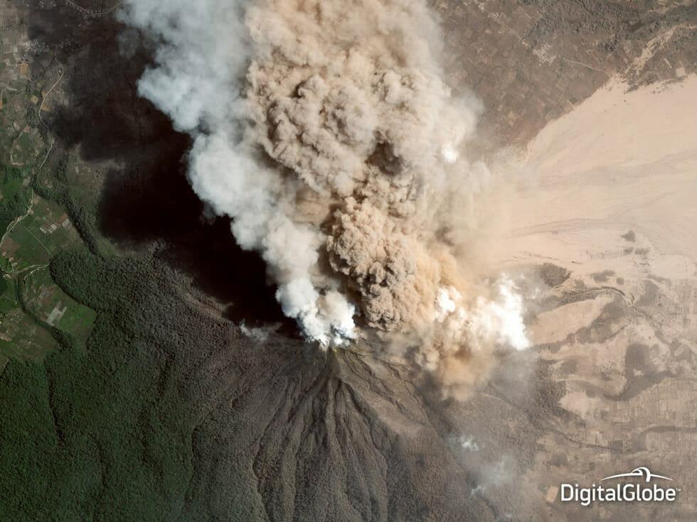 imagem-espetacular-capturada-satelite_2