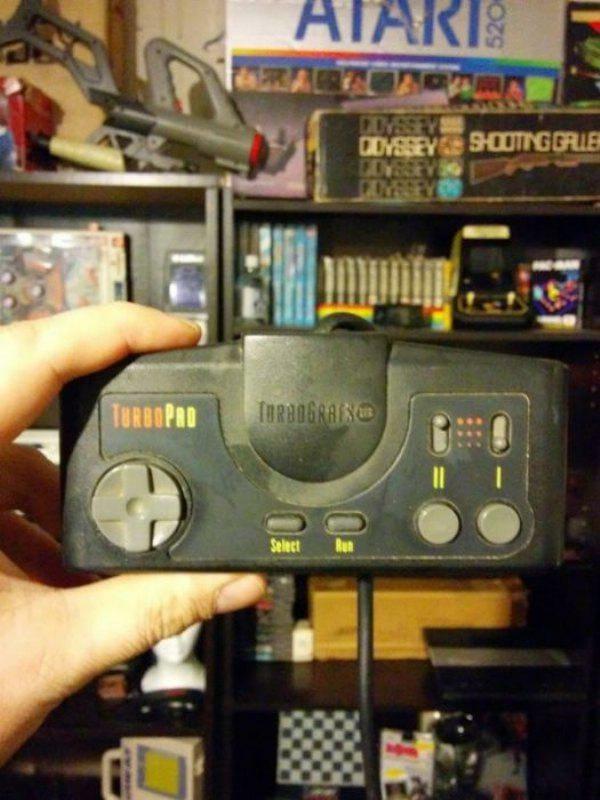 controles-videogames-raros-marcantes_21