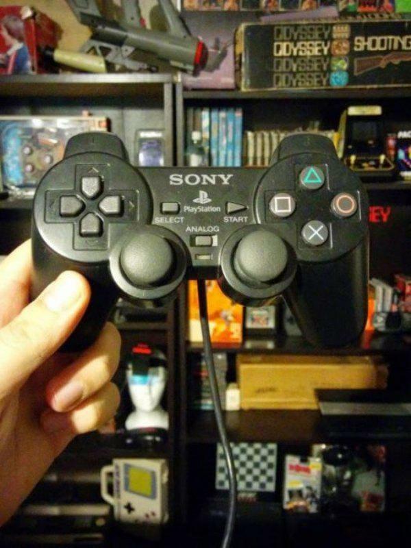controles-videogames-raros-marcantes_37