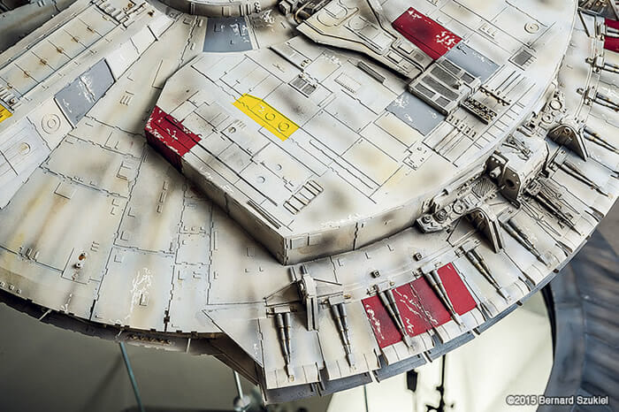 replica-millennium-falcon-star-wars_13