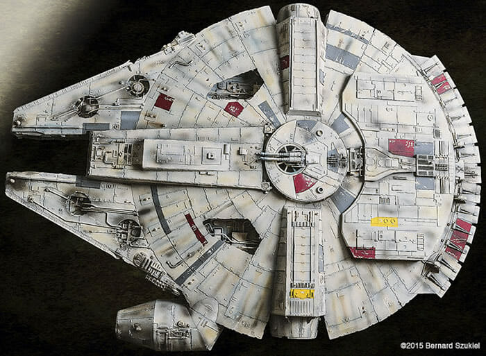 replica-millennium-falcon-star-wars_17