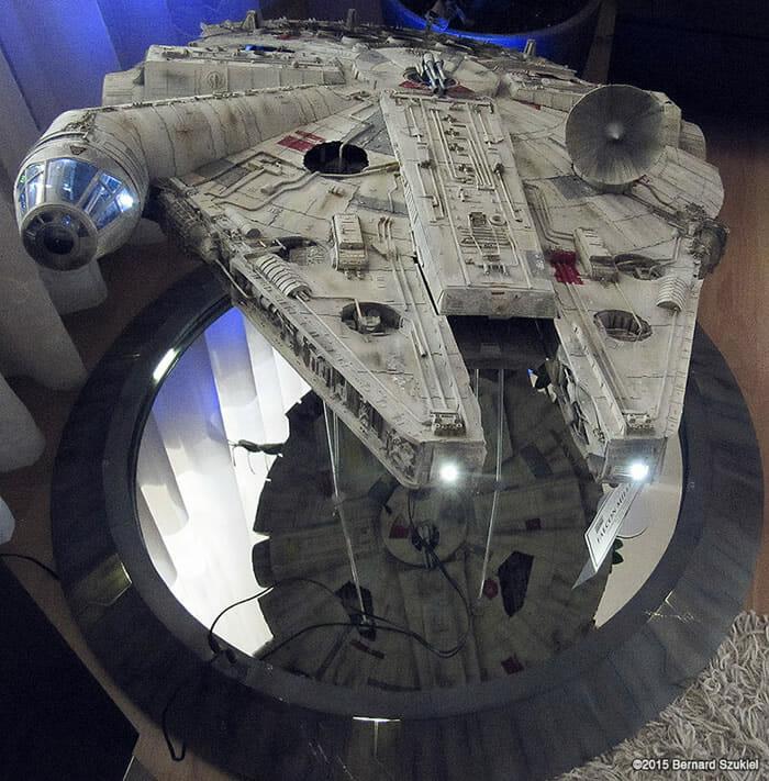replica-millennium-falcon-star-wars_24