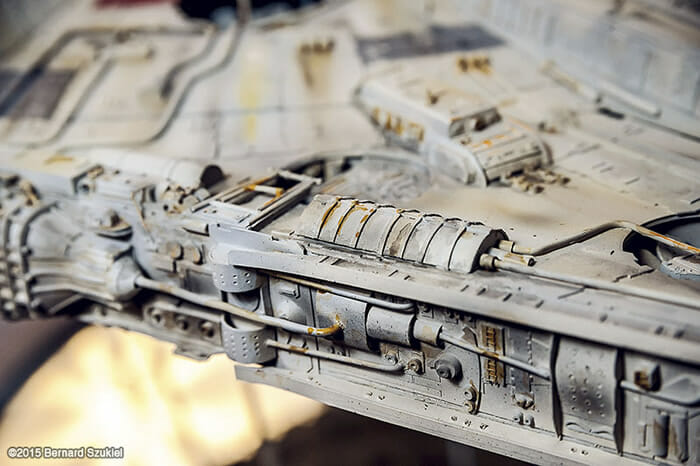 replica-millennium-falcon-star-wars_31