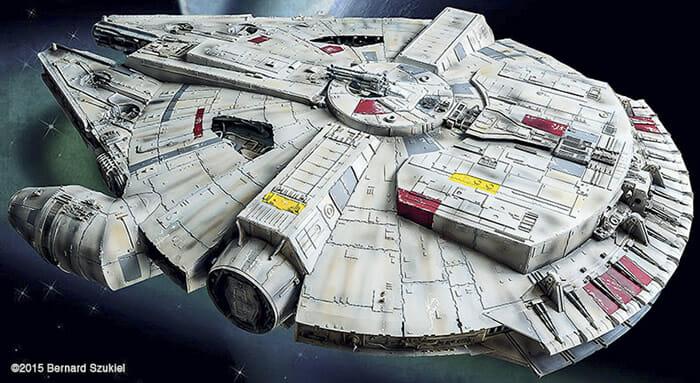 replica-millennium-falcon-star-wars_35
