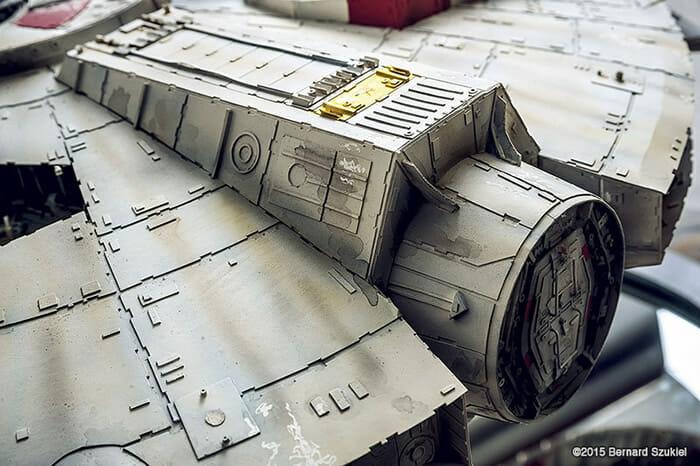 replica-millennium-falcon-star-wars_39
