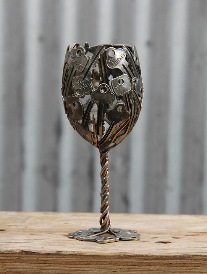esculturas-chaves-moedas-recicladas_2