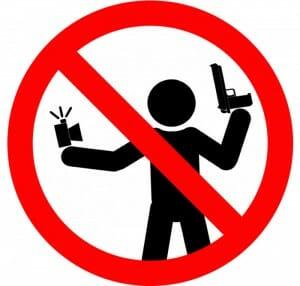 Campanha incomum na Rússia tenta proteger jovens que fazem selfies perigosas
