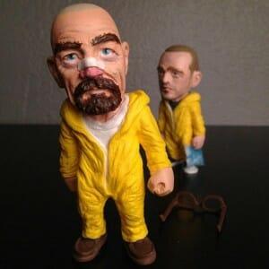 Irmãos se unem para criar esculturas incríveis de personagens feitas à mão