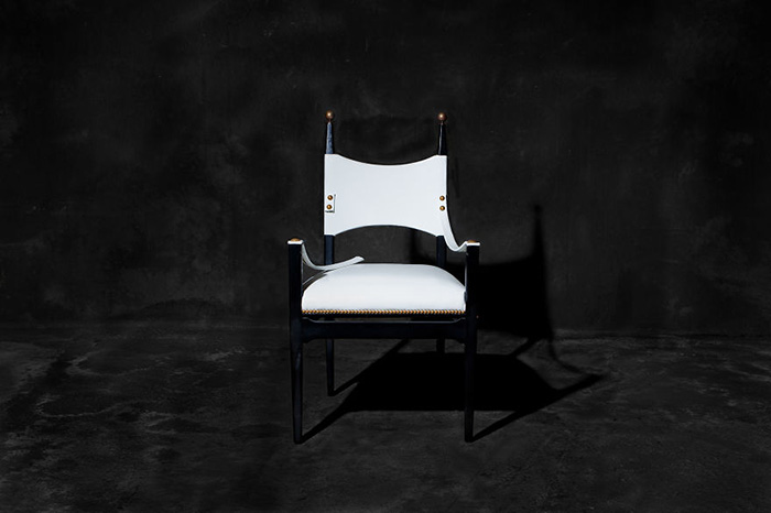 sofas-cadeiras-representados-como-humanos_10a