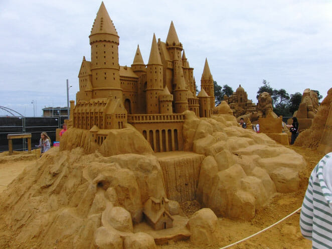 castelos-de-areia-fantasticos_1
